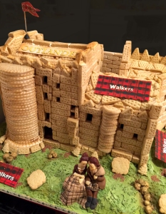 Walkers-Outlander-Shortbread-Castle-2